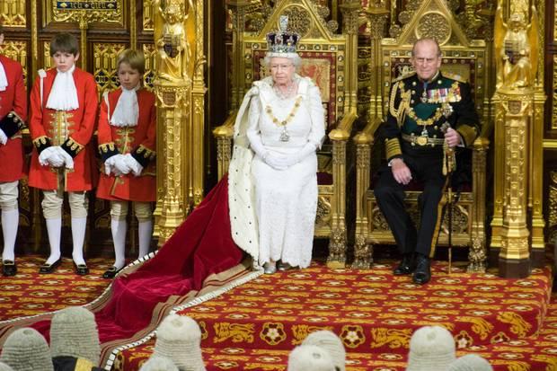 Queen Elizabeth und Prinz Philip bei der Eröffnung des Parlaments 2008.