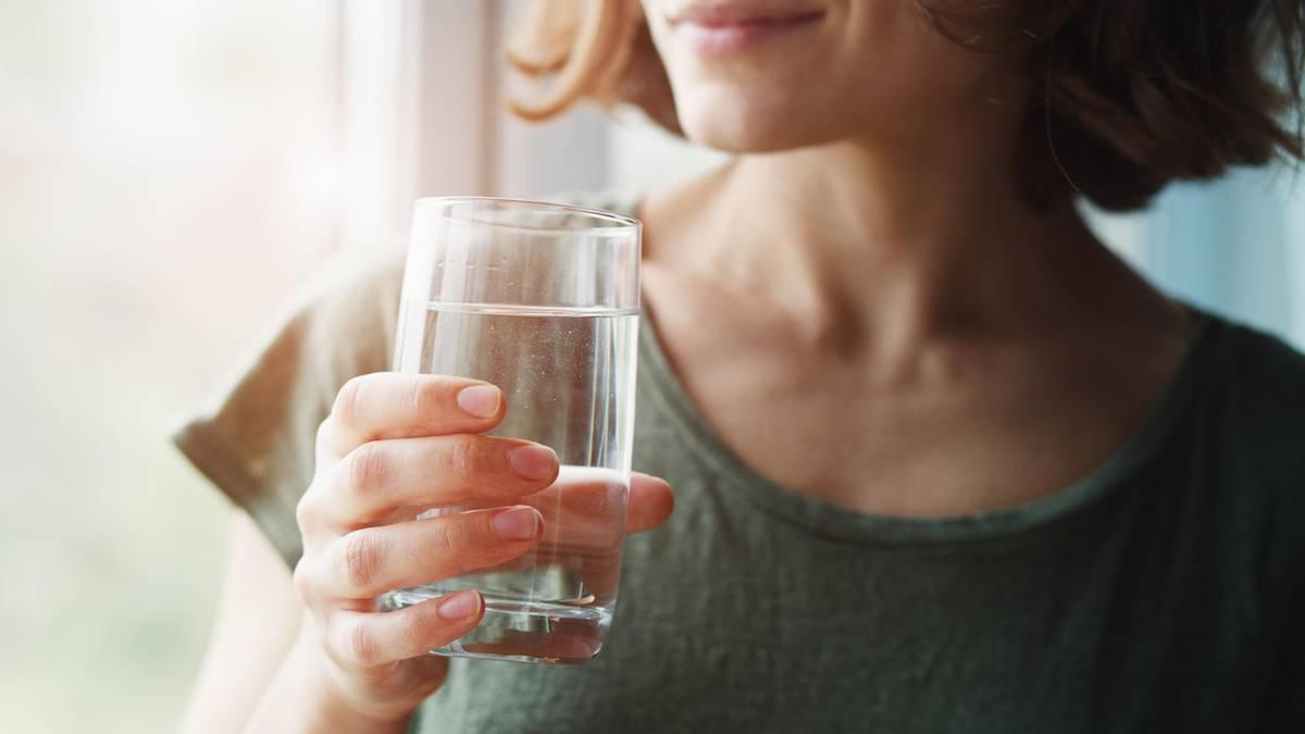 Warum Wasser nicht unbedingt der beste Durstlöscher ist