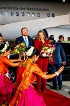 13. Oktober 2019  Die Begrüßung des Königspaares ist mit traditioneller indischer Musiker und Tänzerinnen schon beeindruckend.