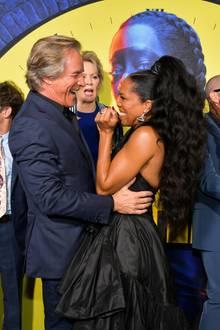 """14. Oktober 2019  Ein großes Hallogibt es für die Darsteller der Fernsehserie """"Watchmen"""" bei der Premierenfeier in Los Angeles, mitdabei u. a. Don Johnson undRegina King."""