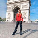 Und ein lässiges Foto vor dem eindrucksvollen Arc de Triomphe selbstverständlich auch nicht.