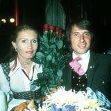 1. Oktober 1980  Von 1964 bis 1989 ist Udo Jürgens mit dem ehemaligen Model Erika Meier, besser bekannt als Panja, verheiratet. Hier feiern die beiden gemeinsam auf dem Oktoberfest in München.