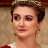 Erbgroßherzogin Stéphanie von Luxemburg hat für diesen Anlass ein besonders schönes Diadem gewählt.