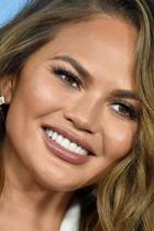 Tages-Make-up von Chrissy Teigen