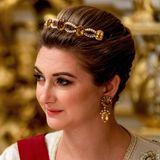 Die schöne Herzogin hat zu diesem festlichen Anlass ein ganz besonders hübsches Diadem gewählt. Auch ihre Ohrringe passen perfekt dazu.