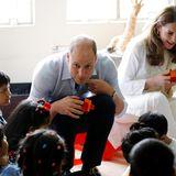 Prinz William und Herzogin Catherine besuchen ein Waisenhaus in Lahore.