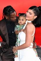 Travis Scott und Kylie Jenner mit ihrer gemeinsamen Tochter Stormi Webster
