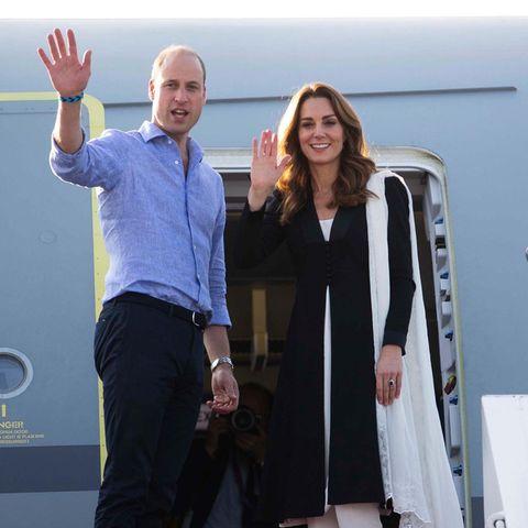 18. Oktober | Tag 5  Bye, bye, Prinz William und Herzogin Catherine! Nach fünf ereignisreichen Tagen in Pakistan reist das Paar zurück nach London. Diesmal hoffentlich ohne Turbulenzen ...