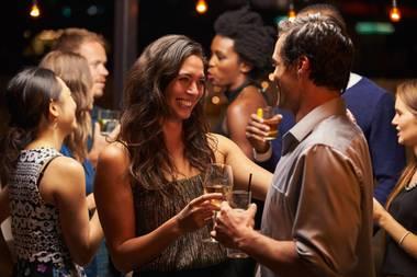 Frauen verlieben sich in Männer, die exzessiv Trinken