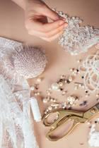 Becky Brotherhood nähte ihr Brautkleid nur aus alten Stoffen (Symbolbild).