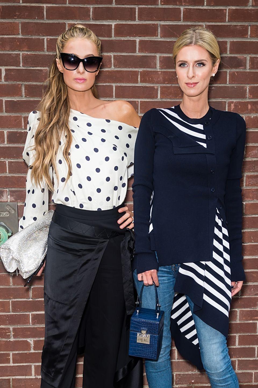 Auch heute sindParis und Nicki Hilton für ihre modischen Auftritte bekannt.