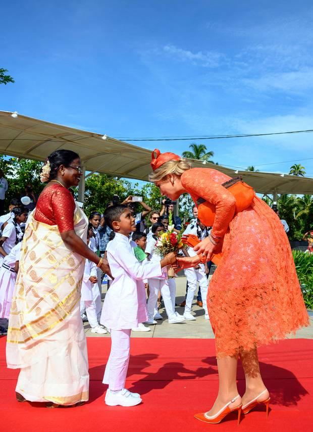 18. Oktober 2019  Am letzten Tag ihres Staatsbesuchs in Indien werden Máxima und Willem-Alexander bei ihrerAnkunftin Alappuzha, Kerala, herzlich in Empfang genommen.