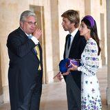 Smalltalk unter Adligen:Prinz Laurent von Belgien plaudert vor der Trauung noch eine Weile mit Prinz Christian von Hannover und seiner FrauPrinzessin Alessandra de Osma.