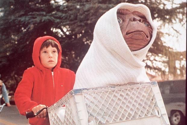 """Henry Thomas im Jahr 1982 in dem Film """"E.T. – Der Außerirdische"""""""