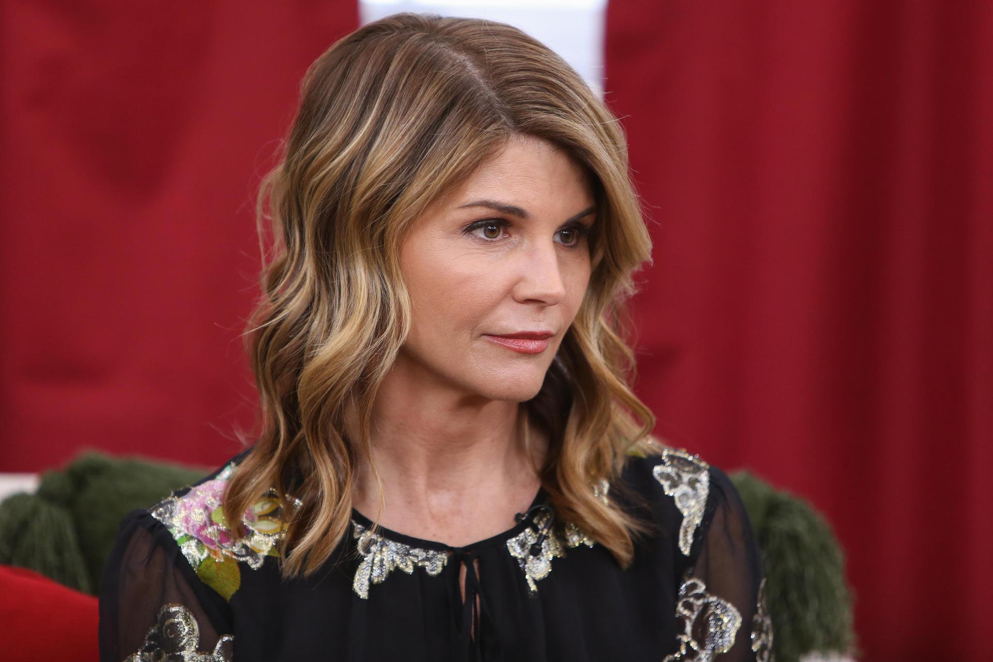 Lori Loughlin: Anklage gegen die Schauspielerin ausgeweitet