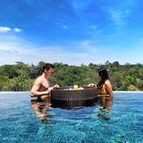22. Oktober 2019  Louis Ducruet, der Sohn von Prinzessin Stéphanie von Monaco, und seine Frau MarieChevallier starten auf Bali mit einem schwimmenden Frühstück im Pool in den Urlaubstag.