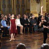 Ein weiteresHighlight ist der Auftritt von Tanzschülern derKöniglichen Ballettschule von Antwerpen.