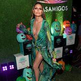 Lisa Rinna macht als Jennifer Lopez bei derCasamigos Halloween Party eine sehr gute Figur.