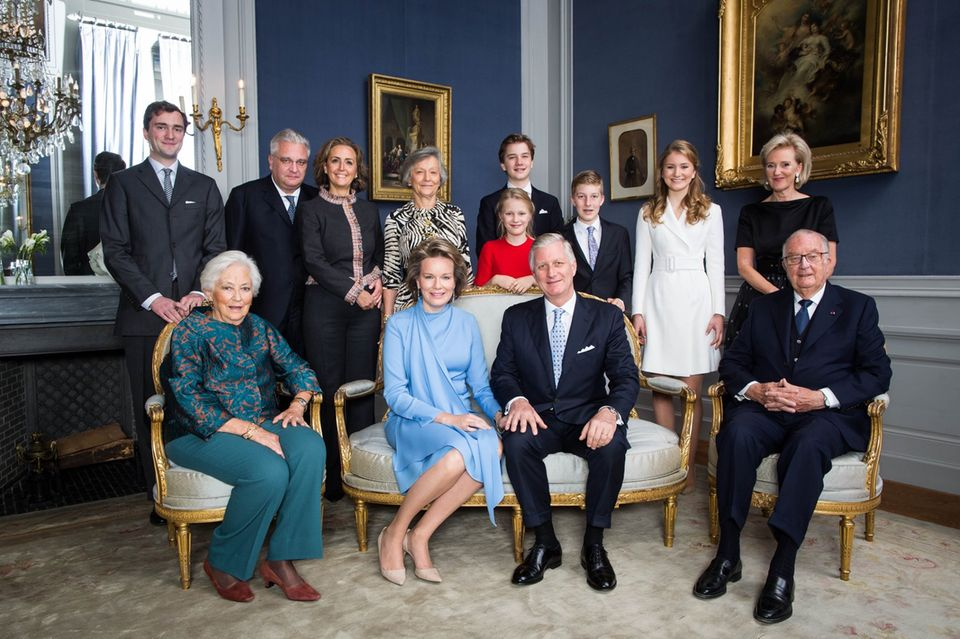 Einen Tag nach den Feierlichkeiten, veröffentlicht das belgische Königshaus offizielle Fotos anlässlich des Geburtstages von Prinzessin Elisabeth. FotografBas Bogaerts hat die Familie ins Szene gesetzt.