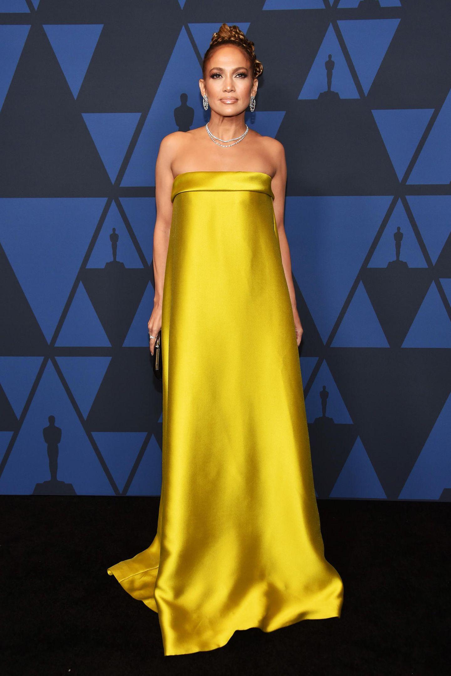 Sonnig, seidig, strahlend schön: Jennifer Lopezin Reem Acra