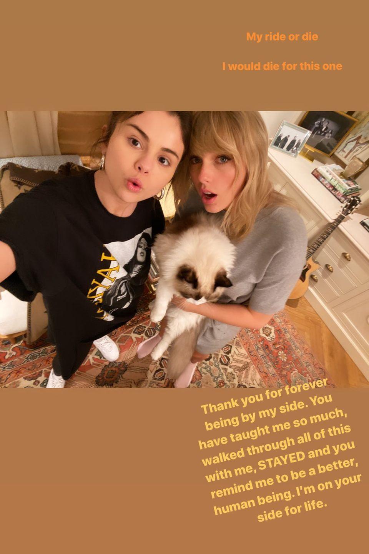 In ihrer Instagram-Story bedankt sich Selena Gomez bei ihrer guten Freundin Taylor Swift für ihre Unterstützung in schweren Zeiten und ist froh darüber, sie immer an ihrer Seite zu wissen.