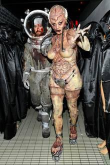 Da sind sie! Halloween-Traumpaar Tom und Heidi haben ihren blutigen Auftritt.