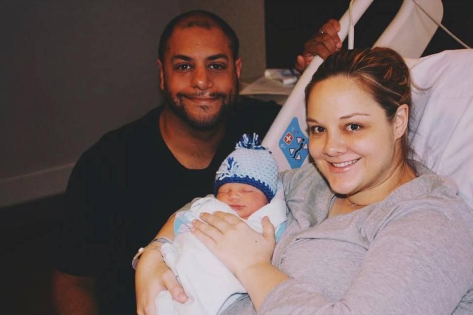 Joel und Sarah mit Sohnemann Milo