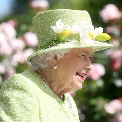 Queen Elizabeth trug in Ascot 2019 Pastellgrün.