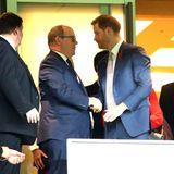2. November 2019  Noch mehr Royals beim Rugby: Auch Fürst Albert sieht sich das Finalspiel an, und wird vorher noch herzlich von Prinz Harry begrüßt.