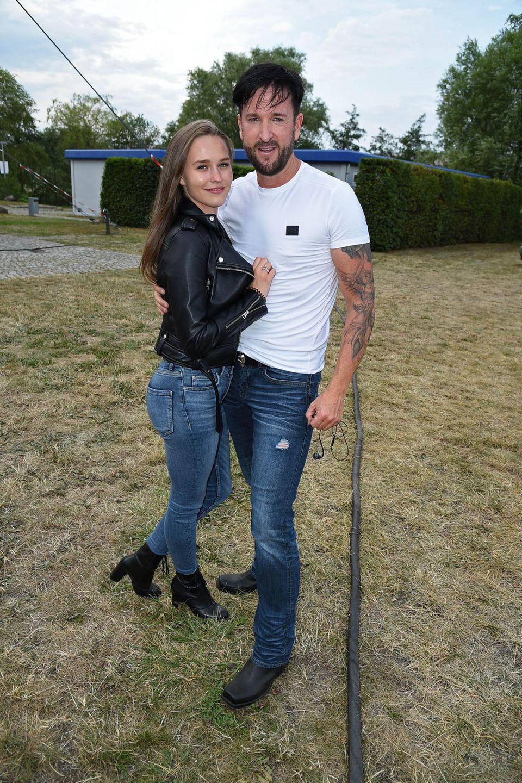 Michael Wendler mit seiner Freundin Laura Müller