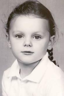 4. November 2019  Wie auch ihr Bruder Prinz Jacques trägt auch Prinzessin Gabriella für die Porträts ein helles Poloshirt.