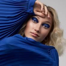 Fotos: Frauke Fischer; Produktion: Bettina Hetzenecker; Make-up: Melanie Schöne/Nina Klein für Lancôme