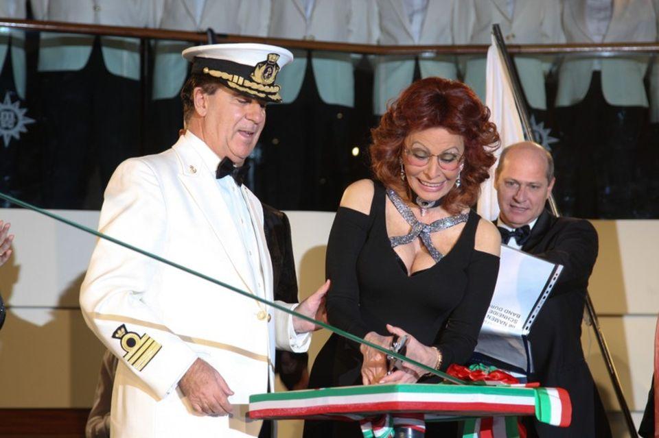 Sophia Loren bei der Taufe der MSC Magnifica im Jahr 2010