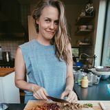 Alicia Silverstone tische ihrer Familie am liebsten Tacos auf. Die Füllung variiert die Schauspielerin je nach Saison und hat so immer erntefrisches und nährstoffreiches Gemüse auf dem Teller.