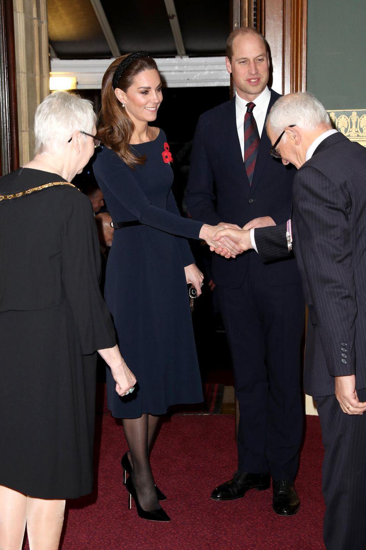 9. November  Herzogin Catherine und Prinz William sind mit weiteren hochrangigen Mitgliedern des Königshauses am Samstagabend in die Royal Albert Hall in London eingeladen.