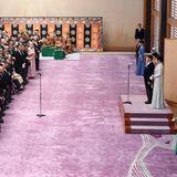 """29. Oktober 2019  Der neuejapanische Kaiser Naruhito und Kaiserin Masako empfangen zum """"Kyoen-no-Gi"""" Banketten anläßlich der Inthronisierung von Naruhito im Kaiserpalast in Tokio. An dem Galadinner in Buffetform nehmen 678 Gäste teil, die auf das Wohl des Kaisers anstoßen."""