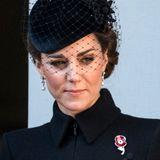 """Die sogenannte """"Codebreaker-Brosche"""" ehrt die von den damaligen Mitarbeitern getane Arbeit noch heute – Herzogin Kate gehört zu den stolzen Trägerinnen."""