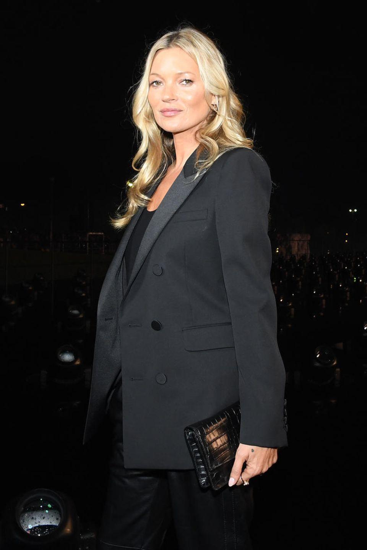 Kate Moss posiert in Paris