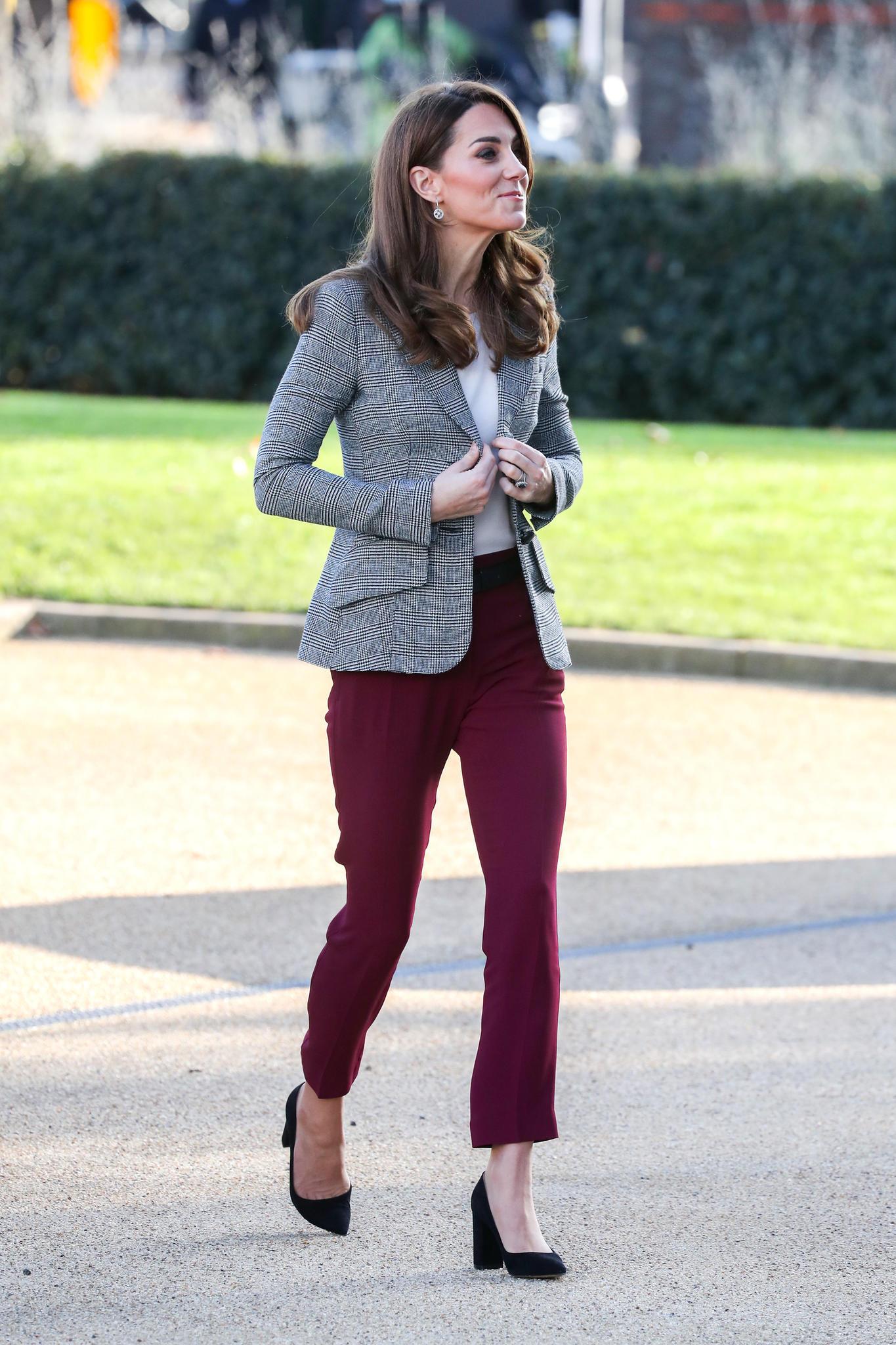 Sitzt alles? Herzogin Catherine begeistert in ihrem stylischen Herbstlook.