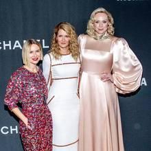 """Diese drei Damen beweisen Größe in jeder Größe:Bei der Veranstaltung """"Museum Of Modern Art Film Benefit"""" zu Ehren Laura Dern (mitte)feiernNaomi Watts (l) undGwendoline Christie (r) mit ihrer Schauspielkollegin. Mitstolzen 1,91m Größe zur Rechten liegen zwischen ihnen fast30cm Höhenunterschied."""
