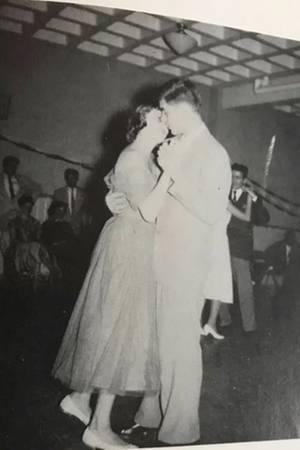 Annette und Bob waren schwer verliebt