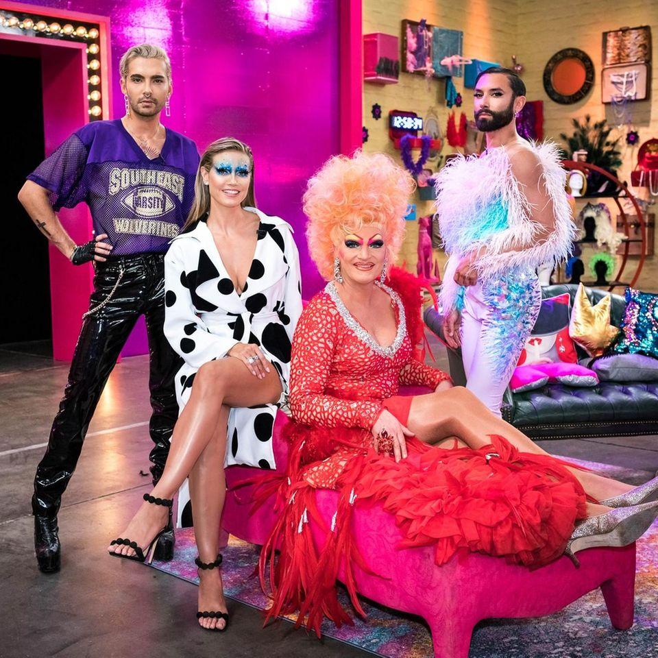 """Bill Kaulitz,Heidi Klum,Olivia JonesundConchita Wurstbilden in der ersten Folge die """"Queen of Drags""""-Jury."""