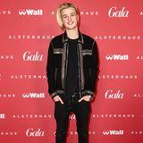 Gala Christmas Shopping Night 2019: Teeniestar Jaden Bojsen rockt den Red Carpet im coolen Nieten-Look.