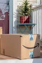 Amazon-Pakete vor der Haustür