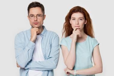 Paar skeptisch