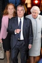 Sarah Ferguson, Prinz Andrew, Queen Elizabeth