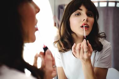 """""""Beauty Fridge"""": Fünf Kosmetikprodukte, die sich im Kühlschrank länger halten"""