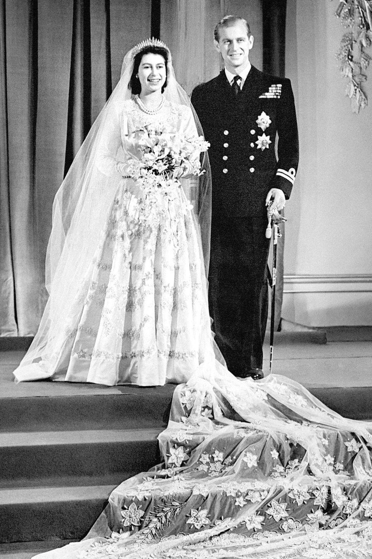 20. November 2019   Ihnen ist gelungen, was nicht viele Paare schaffen. Queen Elizabeth und Prinz Philip feiern heute schon ihren 72. Hochzeitstag. Wir gratulieren von Herzen.