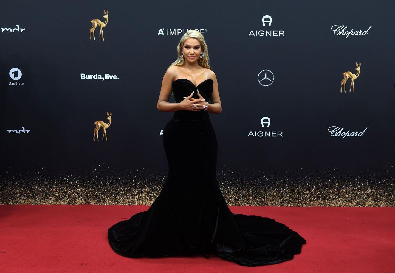 Shirin David weiß: Elegantes Schwarz kommt nie aus der Mode.