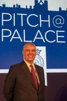"""Auch sein Herzensprojekt """"Pitch@Palace"""" muss Prinz Andrew vorerst auf Eis legen - zumindest in der Öffentlichkeit."""